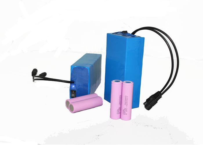 Blue Lihtium Rechargeable Battery Pack 12V 12Ah For Solar Street Light